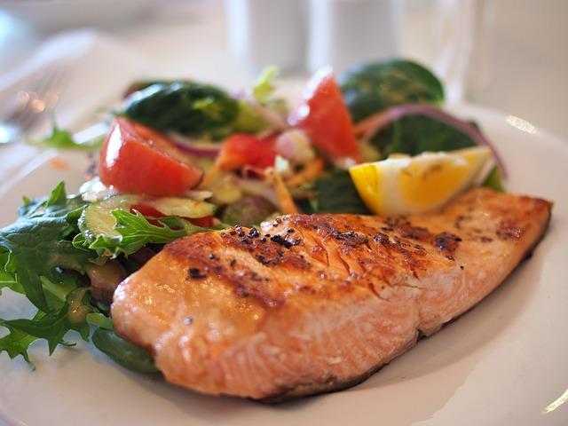 salmon-518032_640 from Pixabay.com